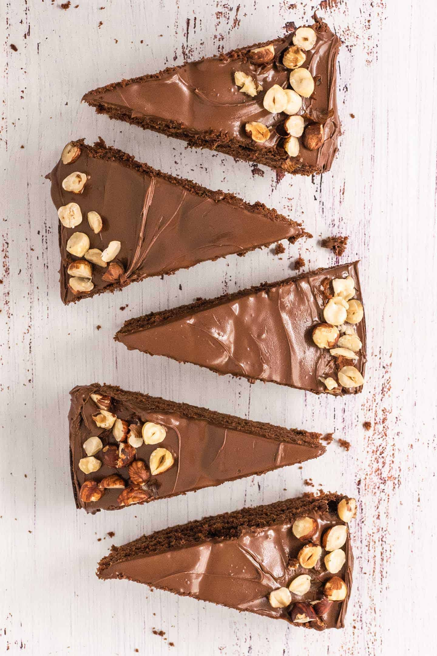 Mocha Cake with Nutella and roasted hazelnuts